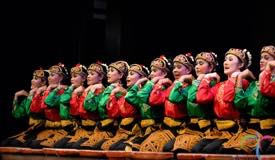saman-traditional-dance-aceh-2.jpg