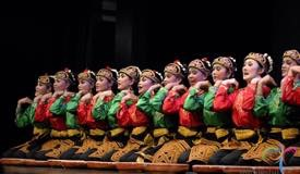 saman-traditional-dance-aceh-4.jpg